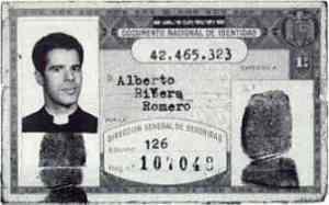 Alberto Riviera denuncia